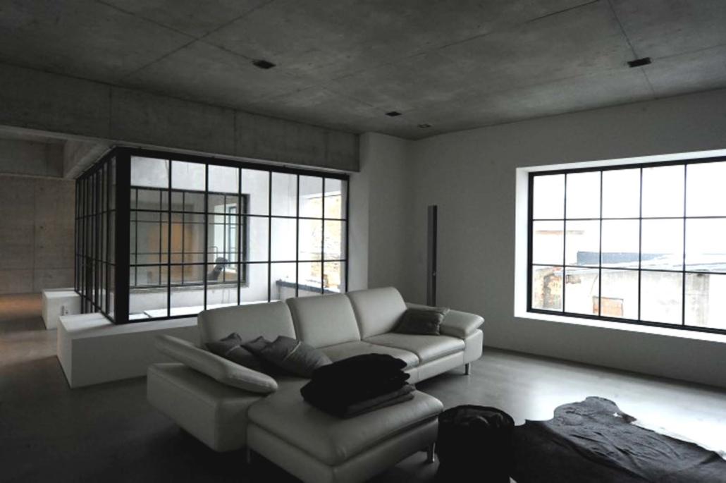 Loft Fenster mit Sprossen aus Stahl wärmegedämmt