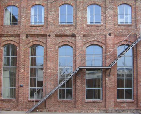 Stahlfenster mit Bogen verzinkt Industrial Style