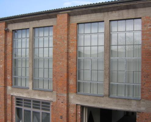 Stahlfenster Loftfenster Industriedesign großformatig