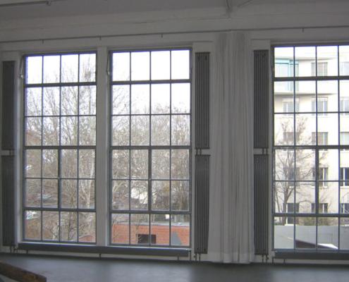 großlächige Stahl Atelierfenster Loftfenster wärmegedämmt Industrial Style