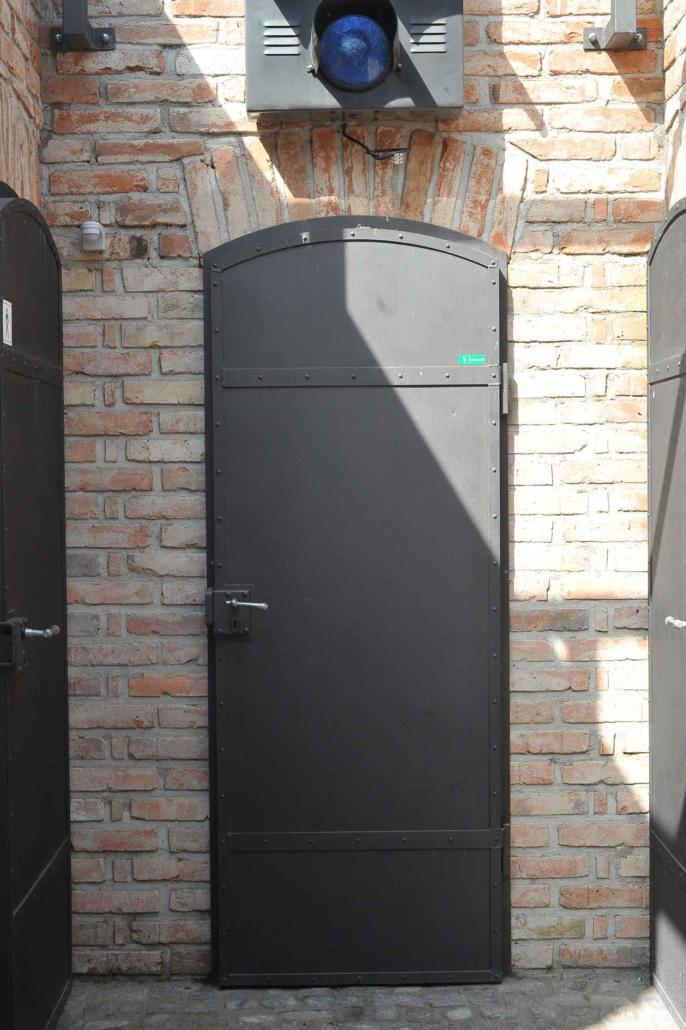 wärmegedämmte Stahltür mit Bogen (044-02)