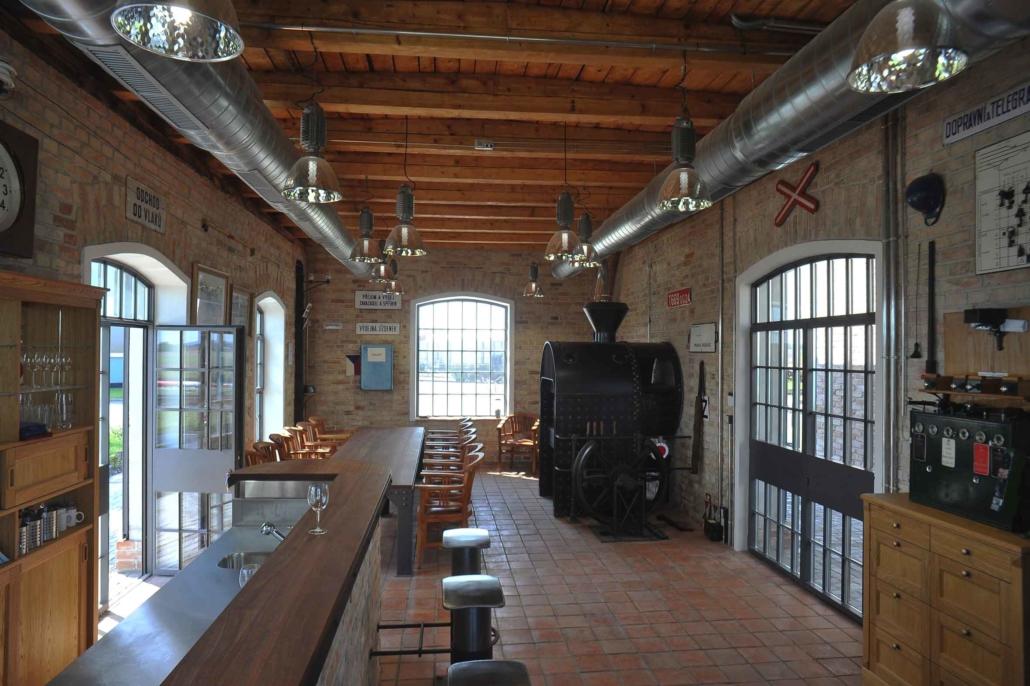 Projekt Bahnhäuschen-Baudenkmal, wärmegedämmte Stahlfenster und Türen im Bereich Denkmalschutz
