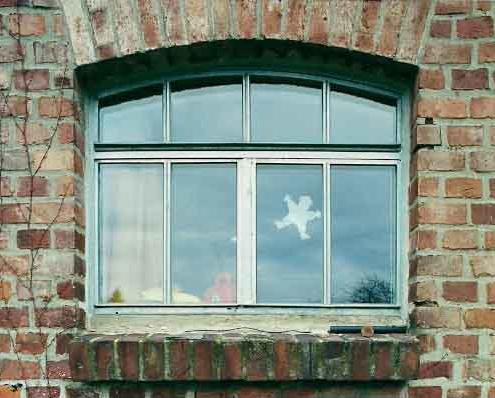 Stahlfenster mit Bogen und Sprossen, zweiflüglig Oberlicht fest, Oberfläche verzinkt