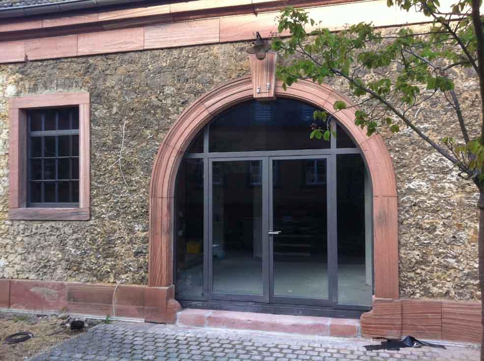 Stahlportal wärmegedämmt, im Bereich Denkmalschutz