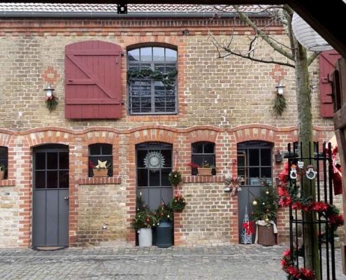 Stahlfenster und Türen mit Bogen, wärmegedämmt Industrie Stil