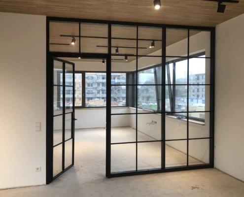 Loftstyle Trennwand Stahl Glas schwarz mit Sprossen
